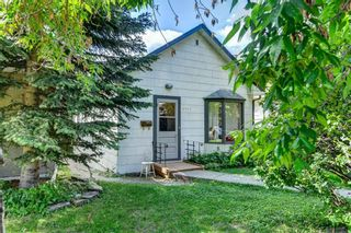 Photo 1: 2311 6 Avenue NW in Calgary: West Hillhurst Detached for sale : MLS®# A1018506
