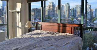 """Photo 9: 1005 212 DAVIE Street in Vancouver: Yaletown Condo for sale in """"PARKVIEW GARDENS"""" (Vancouver West)  : MLS®# R2101193"""