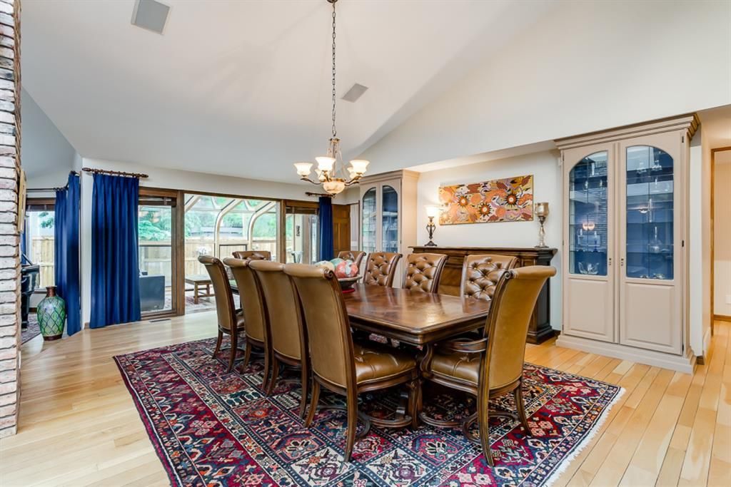 Photo 13: Photos: 831 PROSPECT Avenue SW in Calgary: Upper Mount Royal Detached for sale : MLS®# A1108724