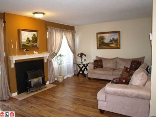 "Photo 2: 6 2998 MOUAT Drive in Abbotsford: Abbotsford West Townhouse for sale in ""Brookside Terrace"" : MLS®# F1016868"