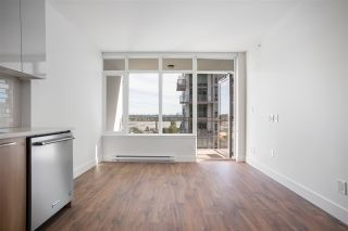 Photo 4: 501 258 NELSON'S COURT in New Westminster: Sapperton Condo for sale : MLS®# R2558072