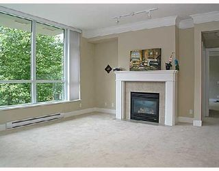 "Photo 3: 313 4685 VALLEY Drive in Vancouver: Quilchena Condo for sale in ""MARGUERITE HOUSE I."" (Vancouver West)  : MLS®# V728378"