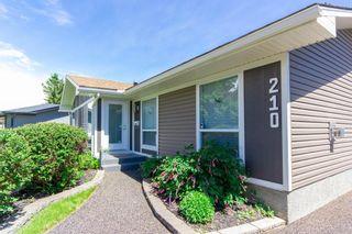 Photo 3: 210 Oakmoor Place SW in Calgary: Oakridge Detached for sale : MLS®# A1118445