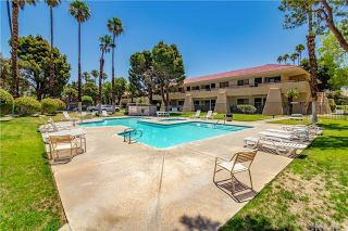 Photo 2: Condo for sale : 1 bedrooms : 701 N Los Felices Circle #213 in Palm Springs