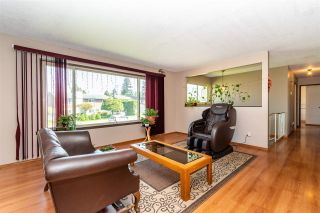 Photo 9: 1955 CATALINA Crescent in Abbotsford: Central Abbotsford House for sale : MLS®# R2569371