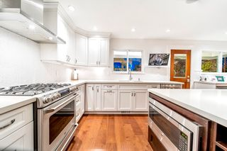 Photo 10: 2321 MARINE Drive in West Vancouver: Dundarave 1/2 Duplex for sale : MLS®# R2617952