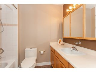 Photo 17: 309 20600 53A AVENUE in Langley: Langley City Condo for sale : MLS®# R2146902