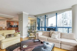 """Photo 2: 902 1415 W GEORGIA Street in Vancouver: Coal Harbour Condo for sale in """"Palais Georgia"""" (Vancouver West)  : MLS®# R2163813"""