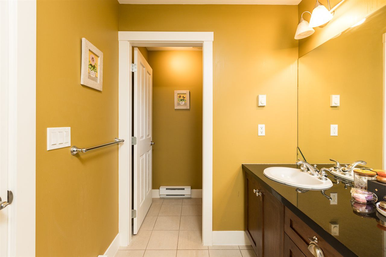 """Photo 21: Photos: 971 WESTBURY Walk in Vancouver: South Cambie Townhouse for sale in """"Churchill Gardens"""" (Vancouver West)  : MLS®# R2488294"""