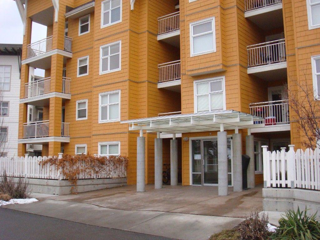 Main Photo: 105 571 Yates Road in Kelowna: North Glenmore Condo for sale (Central Okanagan)  : MLS®# 10074668