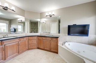 Photo 37: 1228 HOLLANDS Close in Edmonton: Zone 14 House for sale : MLS®# E4251775