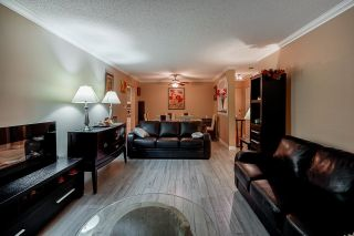 """Photo 11: G01 10698 151A Street in Surrey: Guildford Condo for sale in """"Lincoln Hill"""" (North Surrey)  : MLS®# R2617979"""