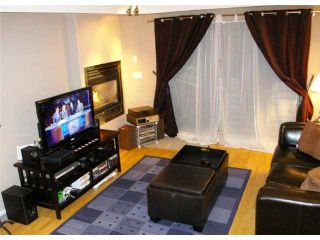 """Photo 1: 210 215 12TH Street in New Westminster: Uptown NW Condo for sale in """"DISCOVERY REACH"""" : MLS®# V874557"""