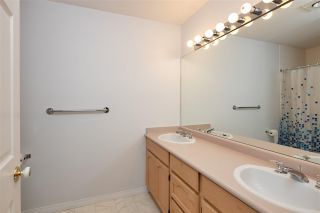 """Photo 29: 122 9012 WALNUT GROVE Drive in Langley: Walnut Grove Townhouse for sale in """"QUEEN ANNE GREEN"""" : MLS®# R2596143"""