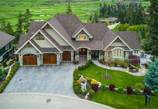 Photo 1: 602 Falcon Point Way, in Vernon: House for sale : MLS®# 10214745
