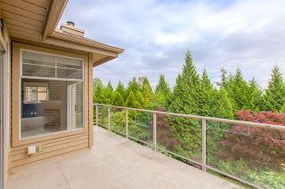 """Photo 3: 50 2979 PANORAMA Drive in Coquitlam: Westwood Plateau Townhouse for sale in """"DEERCREST"""" : MLS®# R2377827"""