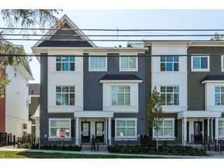"""Main Photo: 32 27735 ROUNDHOUSE Drive in Abbotsford: Aberdeen Townhouse for sale in """"ROUNDHOUSE"""" : MLS®# R2588692"""