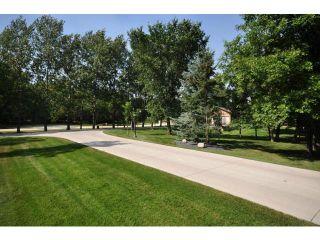 Photo 3: 67 BISHOP'S Lane in WINNIPEG: Charleswood Residential for sale (South Winnipeg)  : MLS®# 1218308