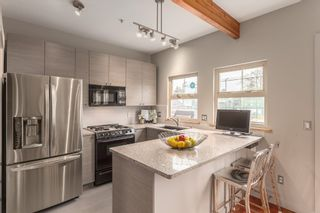 Photo 16: 258 E 32ND Avenue in Vancouver: Main House for sale (Vancouver East)  : MLS®# R2147666