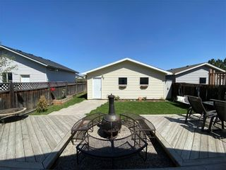 Photo 10: 90 ELGIN WY SE in Calgary: McKenzie Towne Detached for sale : MLS®# C4291454