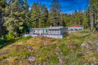 Photo 3: 10991 - 10993 SUNSHINE COAST Highway in Halfmoon Bay: Halfmn Bay Secret Cv Redroofs House for sale (Sunshine Coast)  : MLS®# R2579965