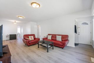 Photo 4: 2182 E 46TH Avenue in Vancouver: Killarney VE House for sale (Vancouver East)  : MLS®# R2607844
