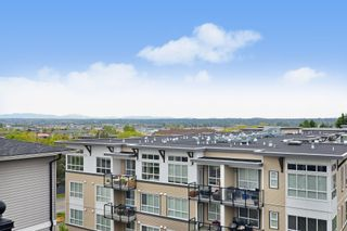 """Photo 17: 505 6480 195A Street in Surrey: Clayton Condo for sale in """"SALIX"""" (Cloverdale)  : MLS®# R2581896"""