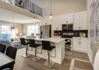Photo 11: 1956 19 Street NW in Calgary: Banff Trail Row/Townhouse for sale : MLS®# A1071030