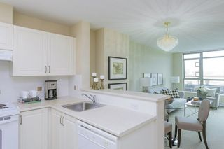 """Photo 2: 706 2799 YEW Street in Vancouver: Kitsilano Condo for sale in """"TAPESTRY AT ARBUTUS WALK"""" (Vancouver West)  : MLS®# R2255662"""