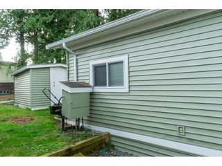 """Photo 28: 14 24330 FRASER Highway in Langley: Otter District Manufactured Home for sale in """"Langley Grove Estates"""" : MLS®# R2518685"""