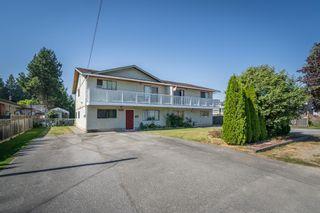 Photo 1: 5873 172A Street in Surrey: Cloverdale BC 1/2 Duplex for sale (Cloverdale)  : MLS®# R2497442