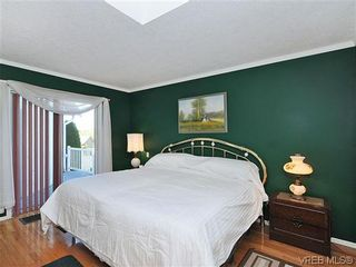 Photo 9: 1213 Cumberland Court in VICTORIA: SE Lake Hill Residential for sale (Saanich East)  : MLS®# 314956