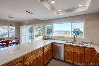 Photo 10: LA JOLLA House for sale : 4 bedrooms : 5897 Desert View Dr