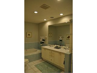 """Photo 13: 41 5531 CORNWALL Drive in Richmond: Terra Nova Townhouse for sale in """"QUILCHENA GREEN"""" : MLS®# V1040434"""