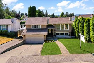 """Photo 1: 3747 SANDY HILL Crescent in Abbotsford: Abbotsford East House for sale in """"Sandy Hill"""" : MLS®# R2601199"""