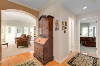 """Photo 4: 11 1881 144 Street in Surrey: Sunnyside Park Surrey Townhouse for sale in """"Brambley Hedge"""" (South Surrey White Rock)  : MLS®# R2480598"""
