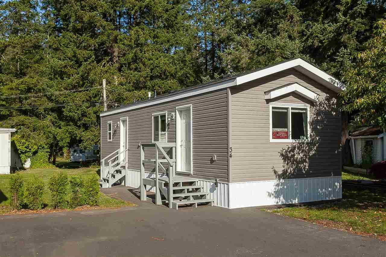 """Main Photo: 34 20071 24 Avenue in Langley: Brookswood Langley Manufactured Home for sale in """"Fernridge Park"""" : MLS®# R2484697"""