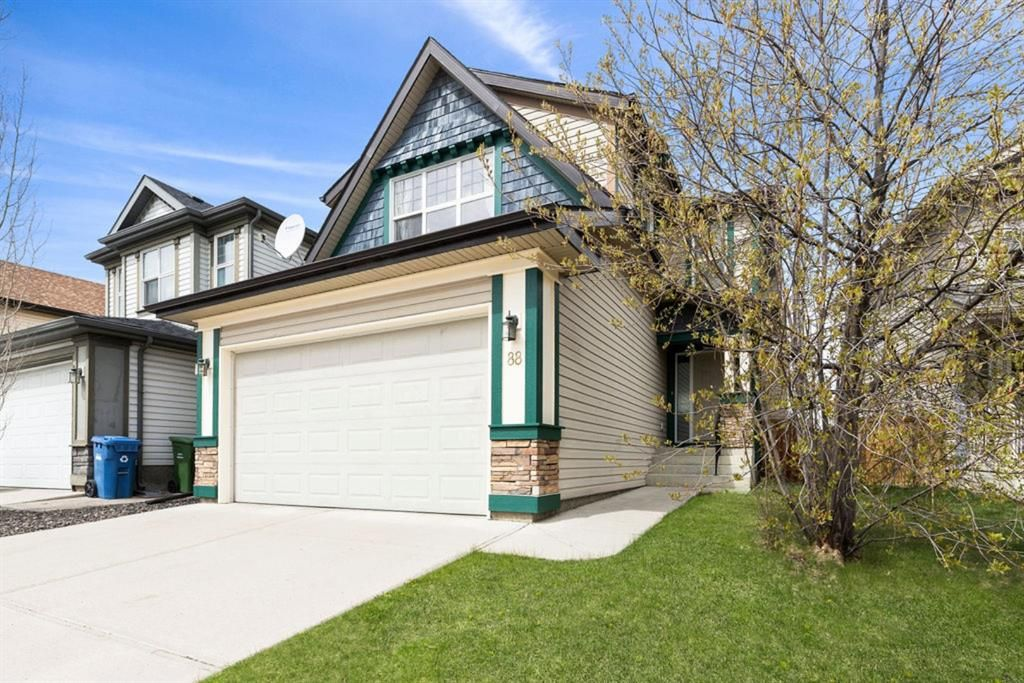 Main Photo: 88 Covehaven Terrace NE in Calgary: Coventry Hills Detached for sale : MLS®# A1105216