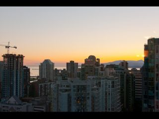 "Photo 14: # 2202 1199 SEYMOUR ST in Vancouver: Downtown VW Condo for sale in ""BRAVA"" (Vancouver West)  : MLS®# V1033200"