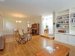 Photo 5: 868 Gardner Pl in VICTORIA: SE Cordova Bay House for sale (Saanich East)  : MLS®# 769313