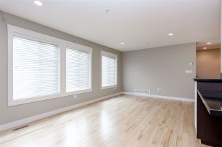 """Photo 3: 6 22206 124 Avenue in Maple Ridge: West Central Townhouse for sale in """"COPPERSTONE RIDGE"""" : MLS®# R2064079"""