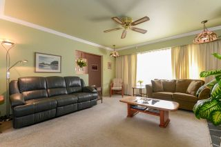 Photo 16: 6367 SUMAS Street in Burnaby: Parkcrest House for sale (Burnaby North)  : MLS®# R2205481