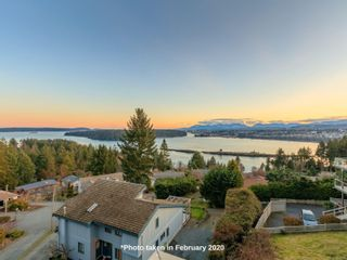Photo 5: 591 Cumberland Pl in : Na Departure Bay Half Duplex for sale (Nanaimo)  : MLS®# 865693