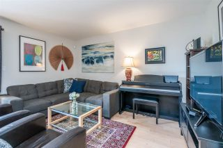 Photo 3: 6879 BROMLEY Court in Burnaby: Montecito Townhouse for sale (Burnaby North)  : MLS®# R2463043