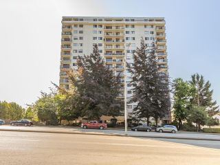 FEATURED LISTING: 605 - 320 ROYAL Avenue New Westminster