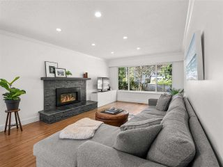 Photo 5: 3678 FROMME Road in North Vancouver: Lynn Valley House for sale : MLS®# R2564657