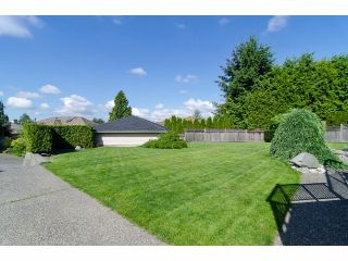 """Photo 19: 18066 64A Avenue in Surrey: Cloverdale BC House for sale in """"Orchard Ridge"""" (Cloverdale)  : MLS®# F1411692"""