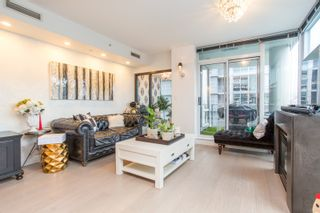 """Photo 5: 503 638 BEACH Crescent in Vancouver: Yaletown Condo for sale in """"Icon"""" (Vancouver West)  : MLS®# R2430003"""