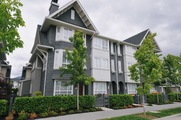 Main Photo: 14 2418 Avon Place in Port Coquitlam: Townhouse  : MLS®# V833526