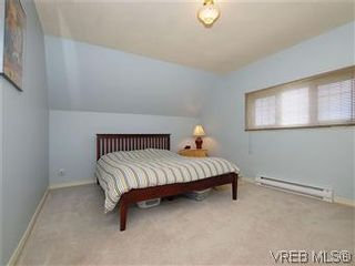 Photo 10: 50 Howe St in VICTORIA: Vi Fairfield West House for sale (Victoria)  : MLS®# 590110
